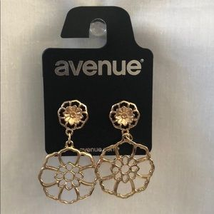New Gold Toned Floral Drop Earrings
